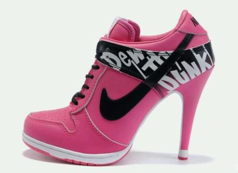 Nike met hak